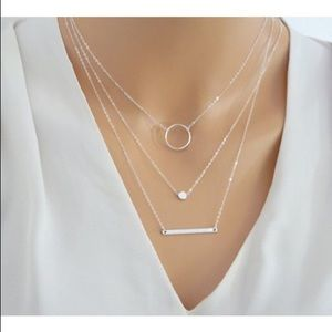 Jewelry - 🎀New! Multi- Layered necklace dainty silver 🎀
